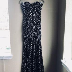 ❗️💐Cindy USA Black Sequin dress! Worn once!